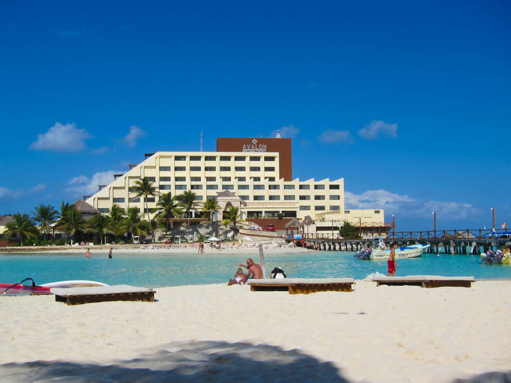 Isla Beach Hotel