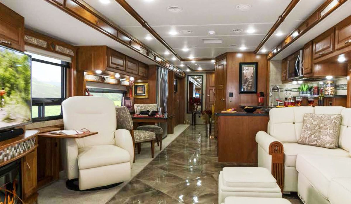8 Keys To Choosing The Right RV Floor Plan The First Time U2013 And 1 Area That  Matters Less Than You Might Think.